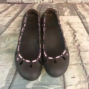 Crocs Brown Flats With Pink Elastic Accent